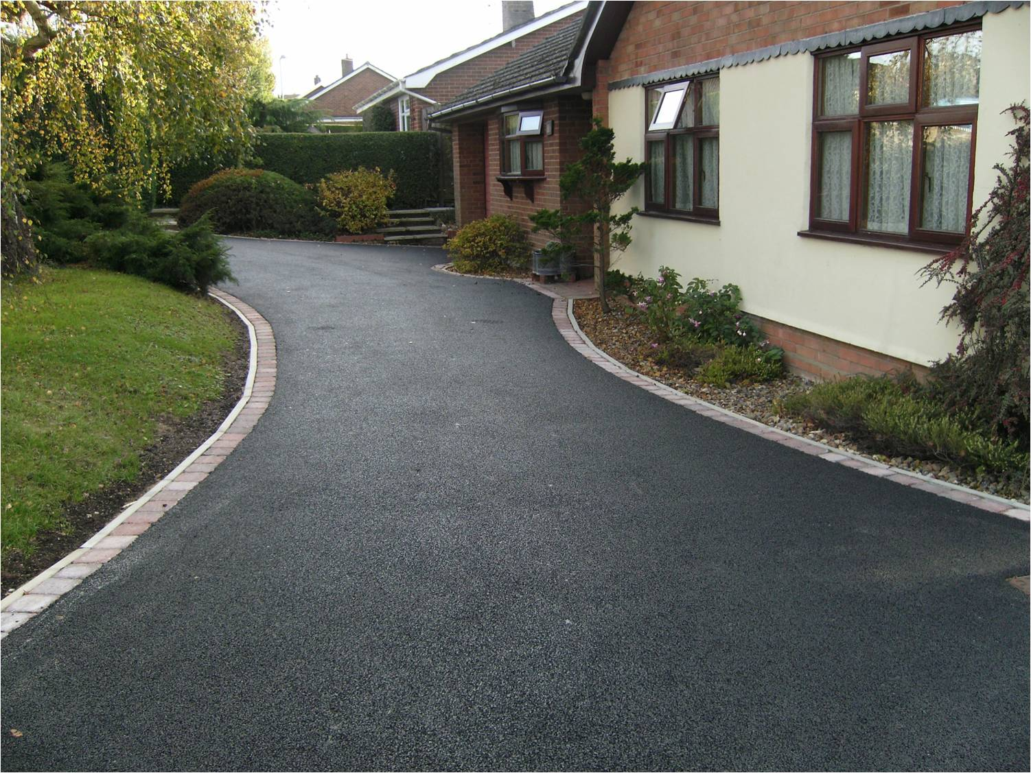 Tarmac driveways Kent - Tarmac driveways in sittingbourne